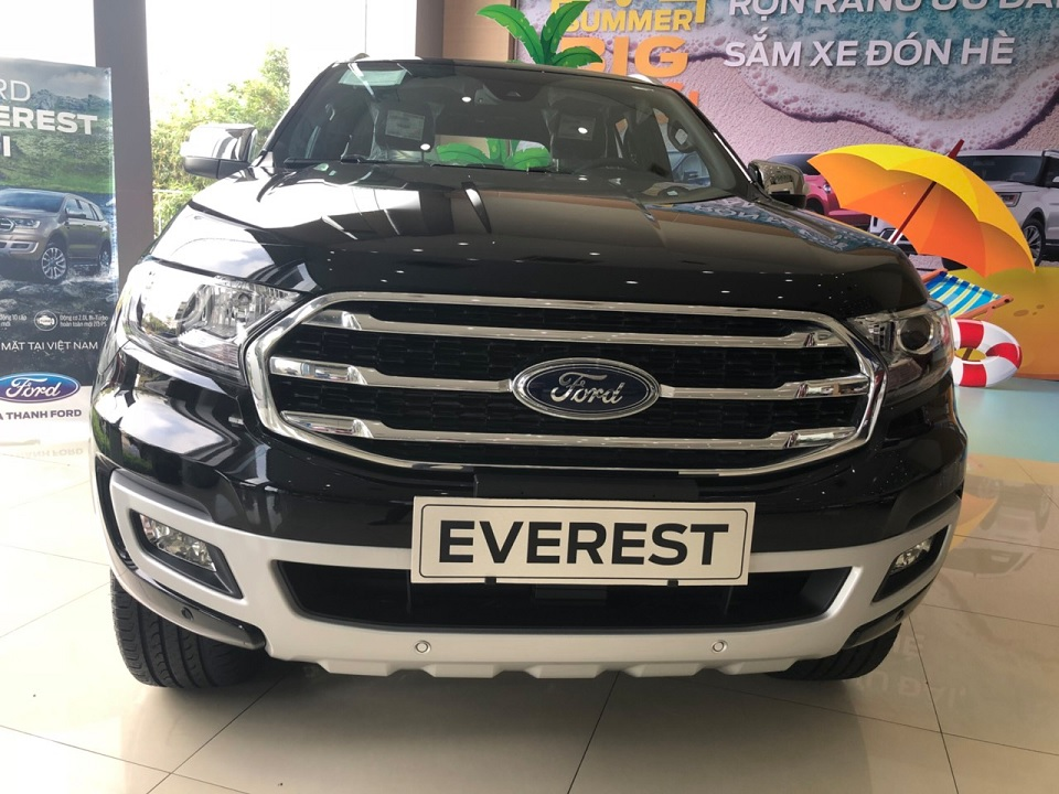 xe Ford Everest Titanium 2019 4x4