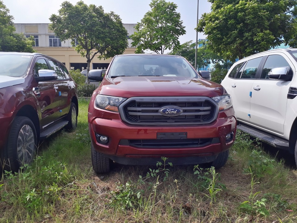 Ford Ranger XLS AT